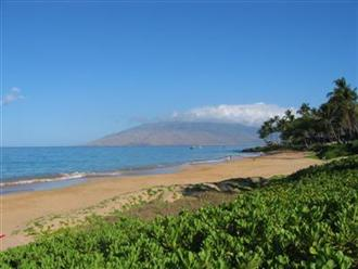 Ahhh... Kamaole Beach II in the morning
