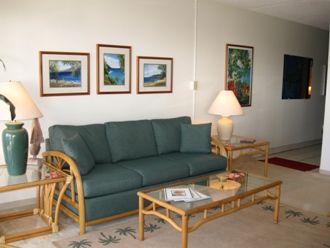 Living Room will Hawaiian decor and local artwork